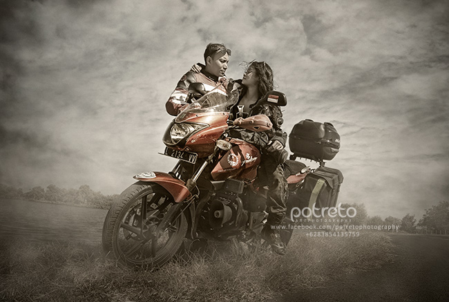 foto pre wedding bikers, prewedding motor, foto prewedding pakai motor, prewedding ala biker, prewedding bikers, foto pre wedding tema bikers, foto prewed bikers, prewedding biker, prewed bikers, prewedding tema bikers, prewedding touring, foto prewedding motor, pre wedding anak motor, prewedding anak motor surabaya, potreto surabaya, potreto art photography, pre wedding art photography, konsep foto prewedding, ide foto prewedding, foto pre wedding, pasangan muda, foto pre wedding unik, tema pre wedding unik, tema pre wedding outdoor, prewedding pulsar, ide tema konsep foto prewedding, prewedding tematik, foto prewedding tematik, pasangan prewedding, prewedding surabaya, prewedding sidoarjo, lokasi foto prewedding outdoor di Sidoarjo, lokasi prewedding sidoarjo