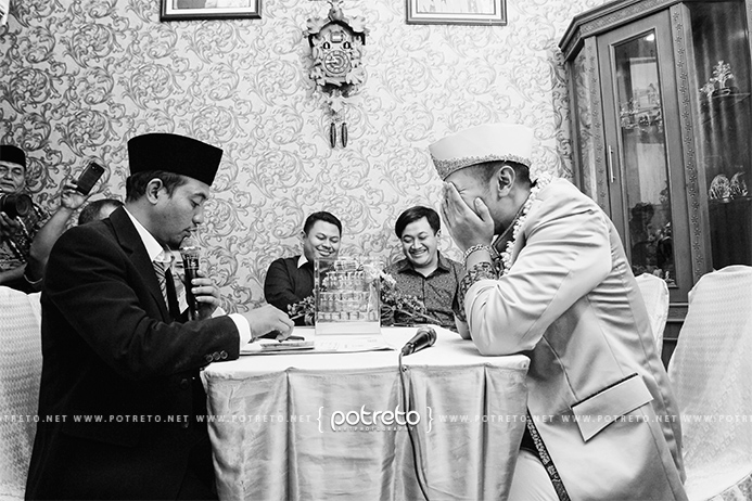 wedding photography, wedding photography Indonesia, foto akad nikah, lev dhanyk, 1 juni 2016, wedding 1 juni 2016, pernikahan 1 juni 2016, wedding 2016, pernikahan 2016, wedding 2016, pernikahan 2016, wedding photography surabaya, wedding photography sidoarjo, wedding photo, foto wedding surabaya, foto wedding di surabaya, foto wedding di graha sa surabaya, foto wedding di gedung surabaya, foto wedding sidoarjo, foto pernikahan surabaya, foto pernikahan sidoarjo, jasa foto pernikahan, jasa foto pernikahan di surabaya, jasa foto pernikahan di sidoarjo, jasa foto nikah, foto ijab kabul lucu, foto ijab kabul, foto ijab qobul pernikahan, foto ijab kabul pernikahan, foto ijab qabul, wedding videography, wedding videography Indonesia, wedding video muslim Indonesia, wedding video romantis Indonesia, wedding video adat jawa, wedding video potreto, video ijab kabul lucu, video ijab kabul, video ijab qobul pernikahan, video ijab kabul pernikahan, video ijab qabul, ijab qabul, ijab kabul, jasa foto & video, jasa foto video surabaya, jasa foto video sidoarjo, wedding surabaya, wedding sidoarjo, wedding mojokerto, foto dokumentasi, video dokumentasi, morning express, morning express wedding, morning express wedding surabaya, same day edit, same day edit wedding, same day edit wedding Indonesia, same day edit wedding video, same day edit wedding video Indonesia, same day edit wedding Indonesia, wedding, pernikahan, perkawinan, wedding clip, wedding clip videography Indonesia, wedding clip Indonesia, wedding clip 2016, wedding clip cinematic, wedding cinematic Indonesia, wedding video, wedding video clip
