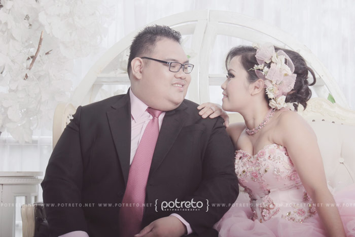 foto2 prewedding, prewedding indonesia, pre wedding indonesia, pre wedding photography indonesia, photo pre wedding indonesia, indonesia, jasa, foto, photo, fotografi, photography, fotografer, prewedding, prewed, pre wedding, wedding surabaya, wedding, prawed, prewedding surabaya, prewedding sidoarjo, jasa fotografer surabaya, fotografer surabaya, jasa foto prewedding, jasa foto prewed, jasa foto pre wedding, jasa prewed, jasa prewedding, jasa pre wedding, jasa wedding, di surabaya, surabaya, di sidoarjo, tema prewedding indoor, konsep foto prewedding indoor, prewedding indoor elegant, prewedding indoor studio, prewed indoor lucu, prewedding lucu, konsep prewedding casual, gaya prewedding keren, prewedding indoor, prewedding indoor surabaya, prewed indoor sby, prewedding indoor sidoarjo, prewedding studio, foto prewedding di studio, prewed indoor, studio indoor prewedding, prewed indoor, prewed di studio, prewedding jakarta, prewedding manado, potreto, potreto photography, prewedding potreto, potreto photo, potreto fotografi, potreto surabaya, potreto sidoarjo, potreto indonesia, prewedding surabaya, foto prewedding surabaya, foto prewed surabaya, prewed surabaya, prewed sidoarjo, foto prewedding sidoarjo, foto prewedding sidoarjo, foto prewed sidoarjo, harga prewedding, harga paket prewedding untuk surabaya, harga paket foto prewedding, felix olaf, deassy parhusip